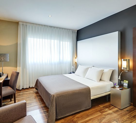 The Sercotel JC1 Murcia Hotel offers four junior suites with ...