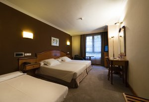 The Sercotel Ciudad de Oviedo has double rooms with an ...