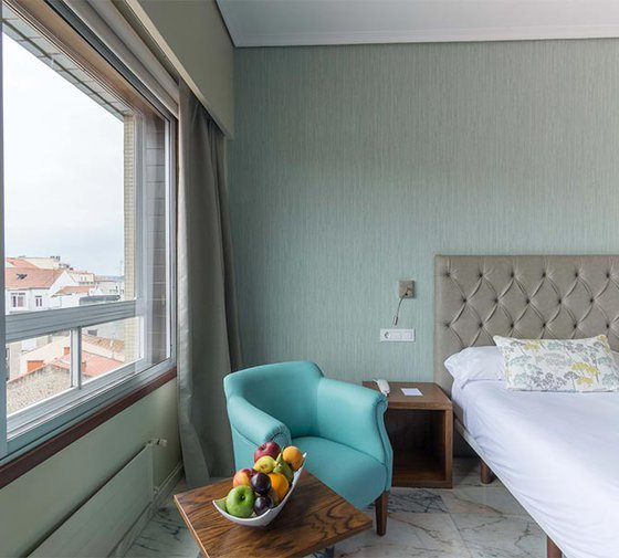 The hotel in Vigo has 63 rooms. They are very ...