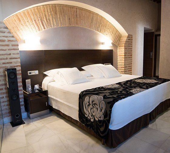 We present premium rooms with cave. One of the most ...