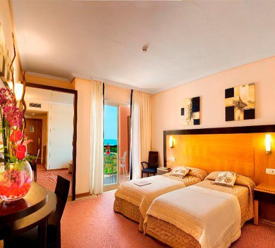 At Hotel Bonalba we offer 175 Double Deluxe rooms with ...