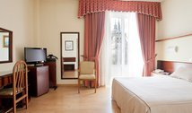 Comfort, our hotel Florida, close to El Escorial
