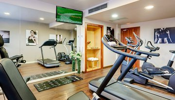 Enjoy the gym at our 4-star hotel