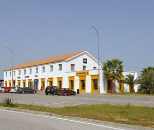 Free Outdoor Parking your hotel near Huelva