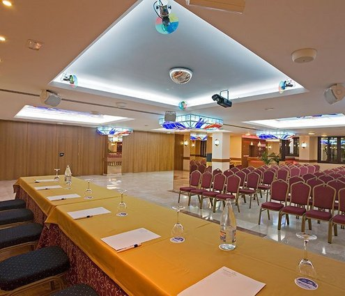 The Mediterráneo II room is perfect for large events and ...