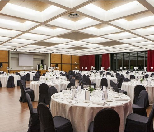 This room, 784 m², is ideal for large events and ...