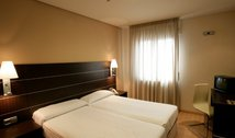 Las Ventas hotel´s rooms are spacious and modern