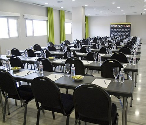 A function room located on the first floor, 48 m² ...