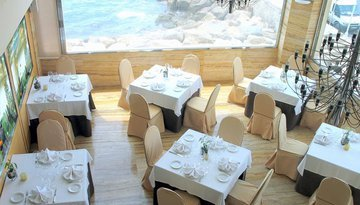 Taste our cuisine with magnificent views over the bay of ...