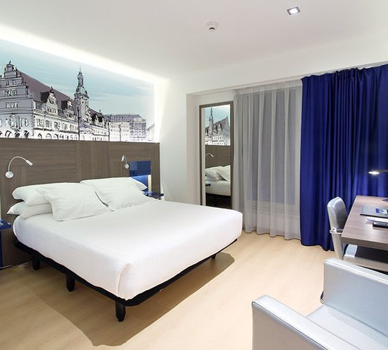 The Sercotel Blue Coruña has double rooms, modern and fully ...