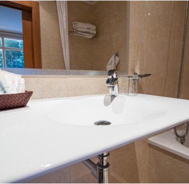 Amenities in our complete bathrooms