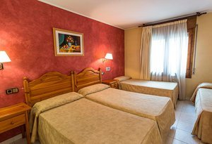 The Sercotel Encamp Hotel has ten quadruple rooms with three ...