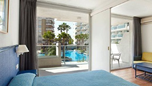 Located in the residential area of Salou
