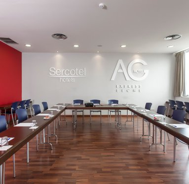 Hold your convention at our hotel near Alicante