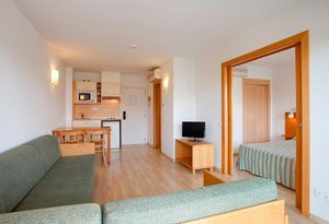 Apartments for 1/5 persons, with air conditioning/heating in ...