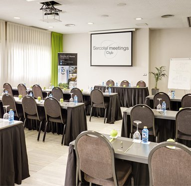 We have several rooms with different occupations for your event.