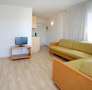 We have apartments with capacity of up to 5 people
