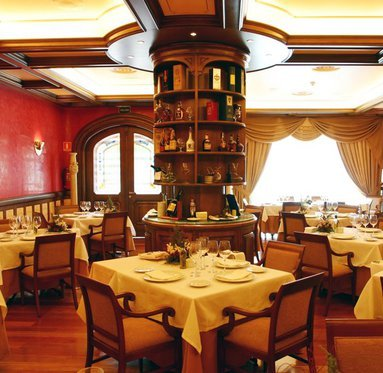 Enjoy the best culinary sensations in the restaurant of the ...