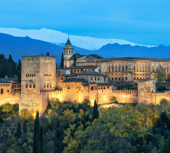 The Gran Hotel Luna de Granada has 219 double rooms ...