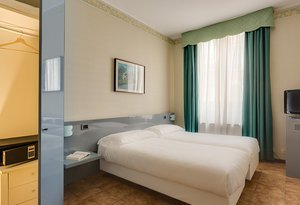 We are pleased to introduce  Sercotel Viva Milano Hotel's ...