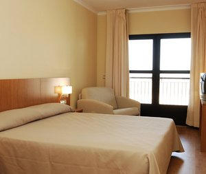 Enjoy comfortable rooms in our hostel in Monreal del Campo