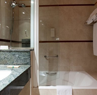 Complete bathrooms with all the amenities