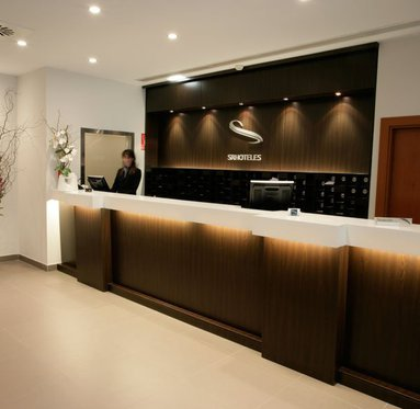 The Europa Hotel is ideal for leisure and business trips ...