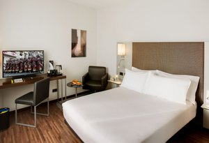 Sercotel Ciutat d'Alcoi offers 30 double rooms, all bright ...