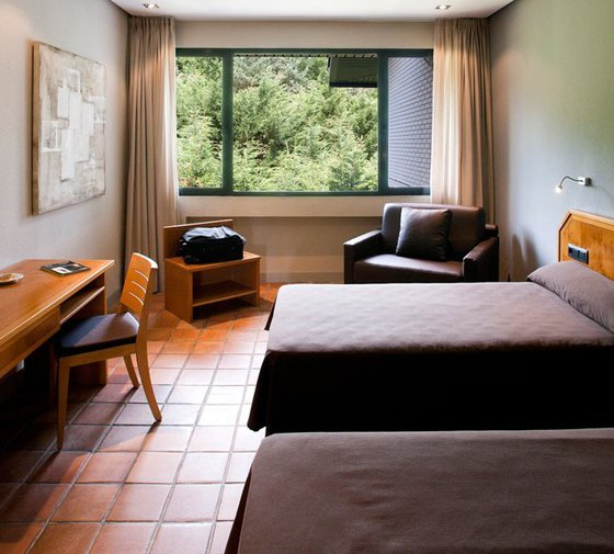 The AS Hotels Altube have room for three people, equipped ...