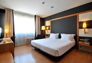 Superior rooms, very spacious and bright. With windows to the ...