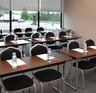 You can organize small meetings in our hotel