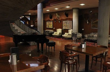 Relax at the Piano-Bar of our 4-star hotel