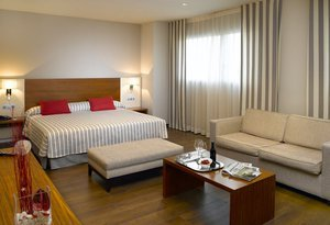 In our hotel Montcada i Reixac center also find 4 ...