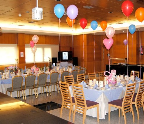 The combination of these three function rooms becomes the largest ...