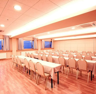 La Collada Sercotel Hotel has meeting and conference rooms, ideal ...