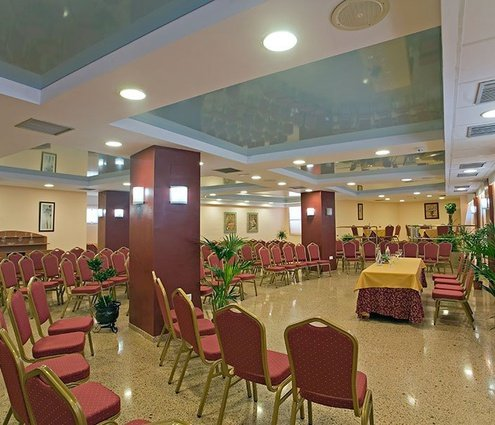 Sercotel Perla Marina has the Alborán function room at your ...