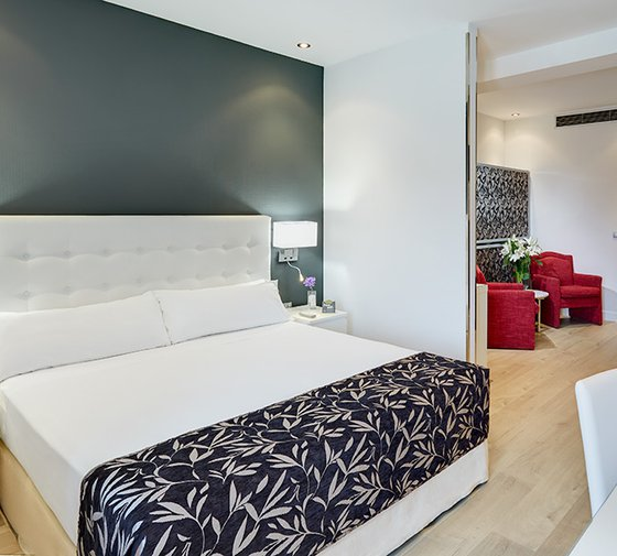 Our hotel Sercotel Las Torres Salamanca, located at the heart ...