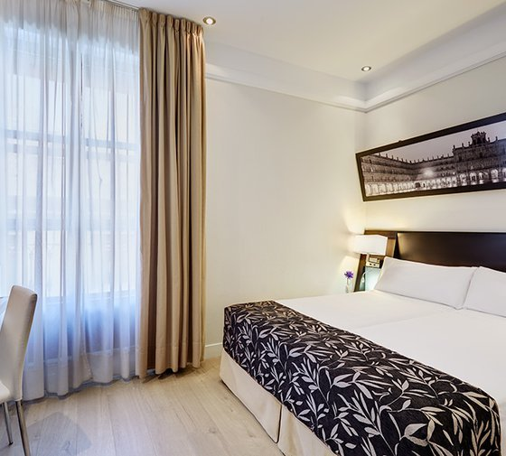 The Sercotel Las Torres Salamanca has standard double rooms, equipped ...