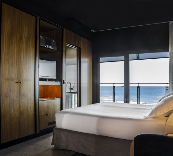 Hotel Barcelona Princess  has 17 Superior rooms with the surface ...