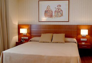 Our hotel in Madrid offers 74 spacious, soundproofed rooms, decorated ...