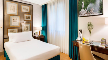 By choosing Sercotel G.H. Conde Duque hotel, you can have all of Madrid within reach. This lovely hotel is located in an elegant area surrounded by gardens, just a few metres from the famous Gran Vía street in Madrid. From this prime location, you can visit all the tourist attractions and really get to know the city. 