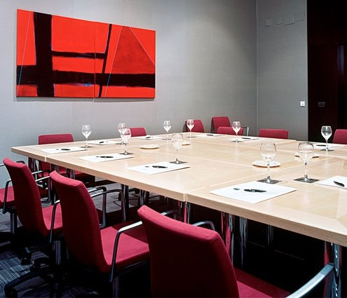This room is ideal for small events in Alcoy, with ...