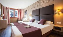 Discover our rooms decorated with warm tones