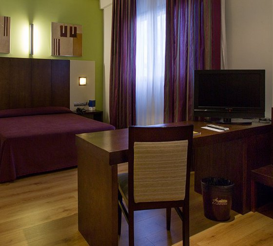 This hotel in Gijónhas 4 24 m² Junior Suites with ...