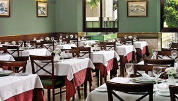 The restaurant of the Sercotel Príncipe Paz is a pleasant ...