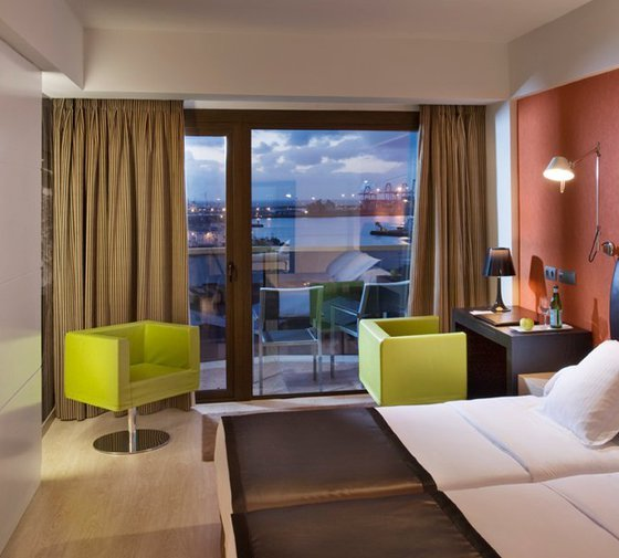 The Sercotel Cristina Las Palmas Hotel has 10 executive double ...