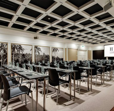 Meeting rooms for business events