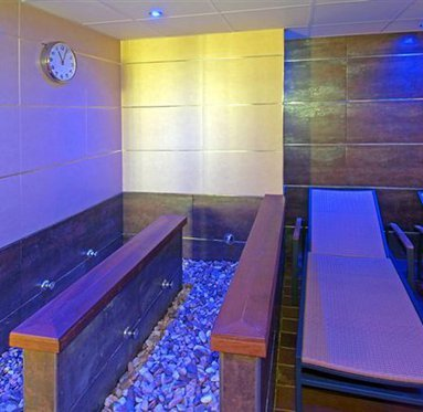 Come to our spa in Alcorcón