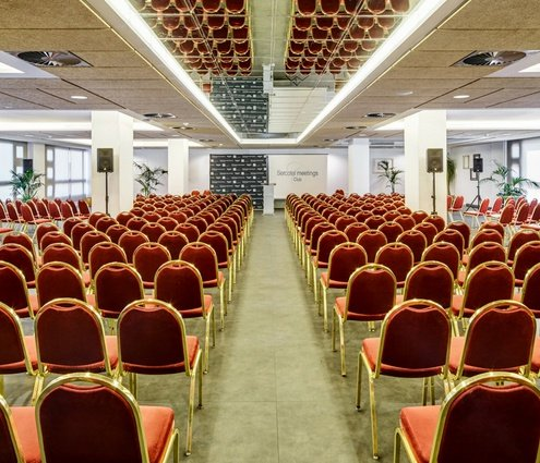 The Emaús function room is the biggest room in the ...
