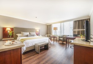The Junior Suites of the Clarion Bogotá Plaza  are large ...